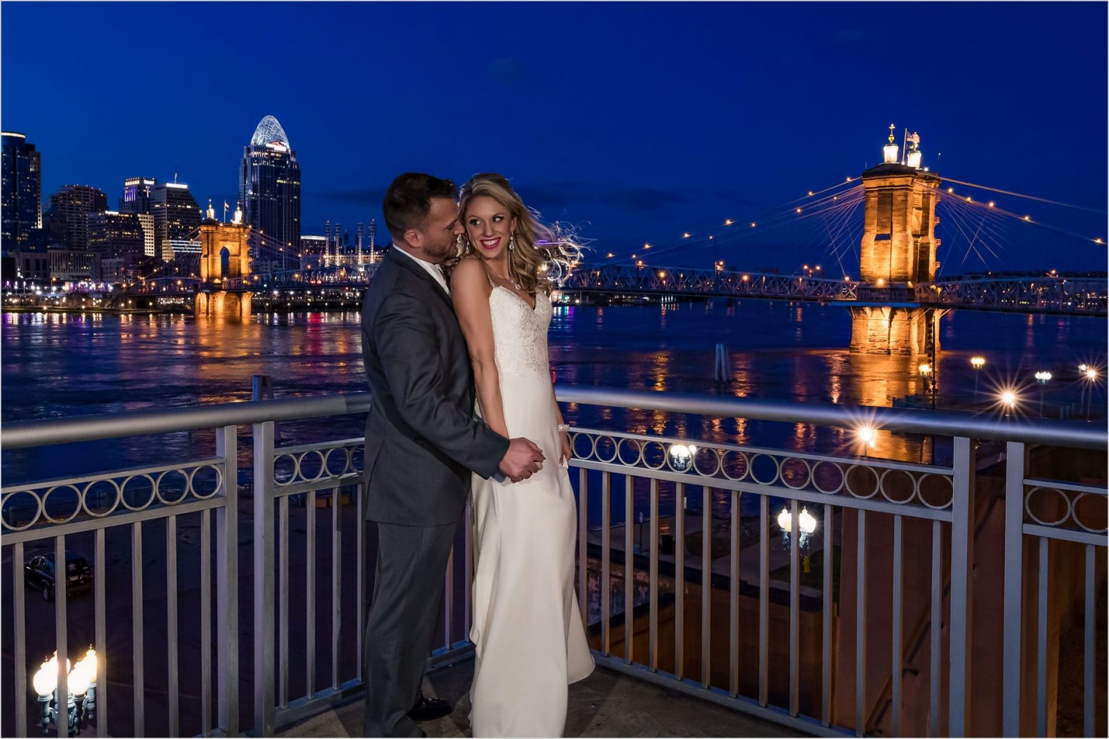 Cincinnati Best Wedding pictures, Roebling Bridge, Cincinnati Marriott Rivercenter, Sunset, Cincinnati skyline sunset wedding