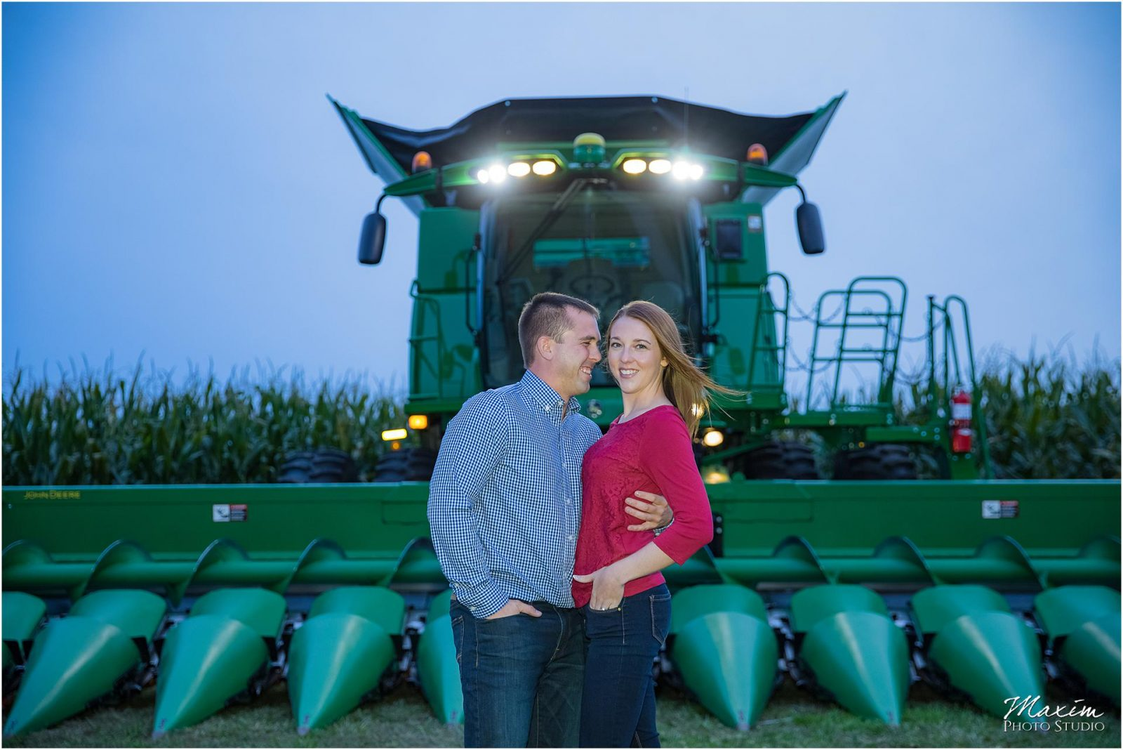 Ohio Farm Engagement, Night engagement, Off Camera Flash Photography