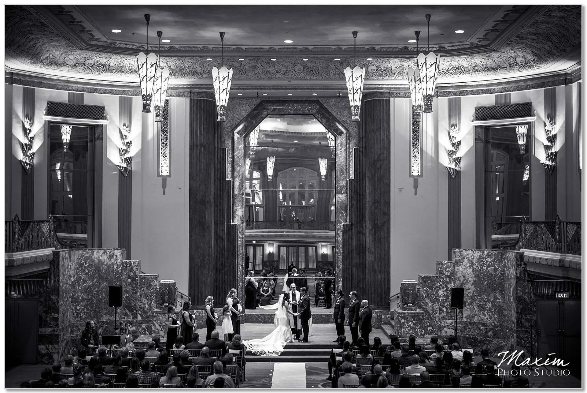 Hilton Netherland Plaza wedding Ceremony