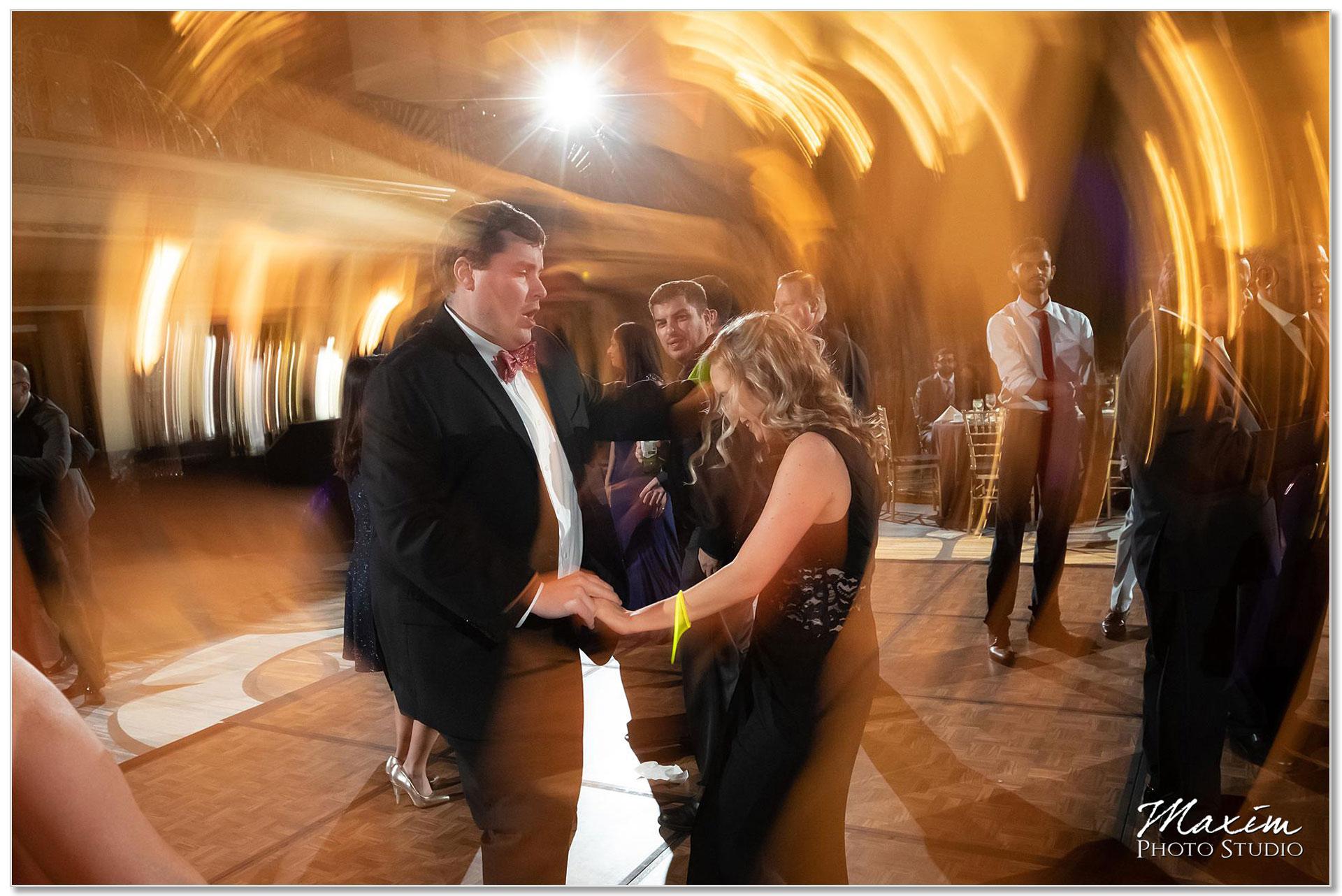 Hilton Netherland Plaza wedding Reception dance