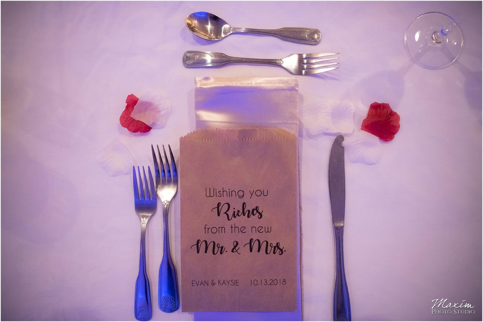 Holiday Inn Airport Wedding, Kentucky Wedding Photographer, Wedding Reception