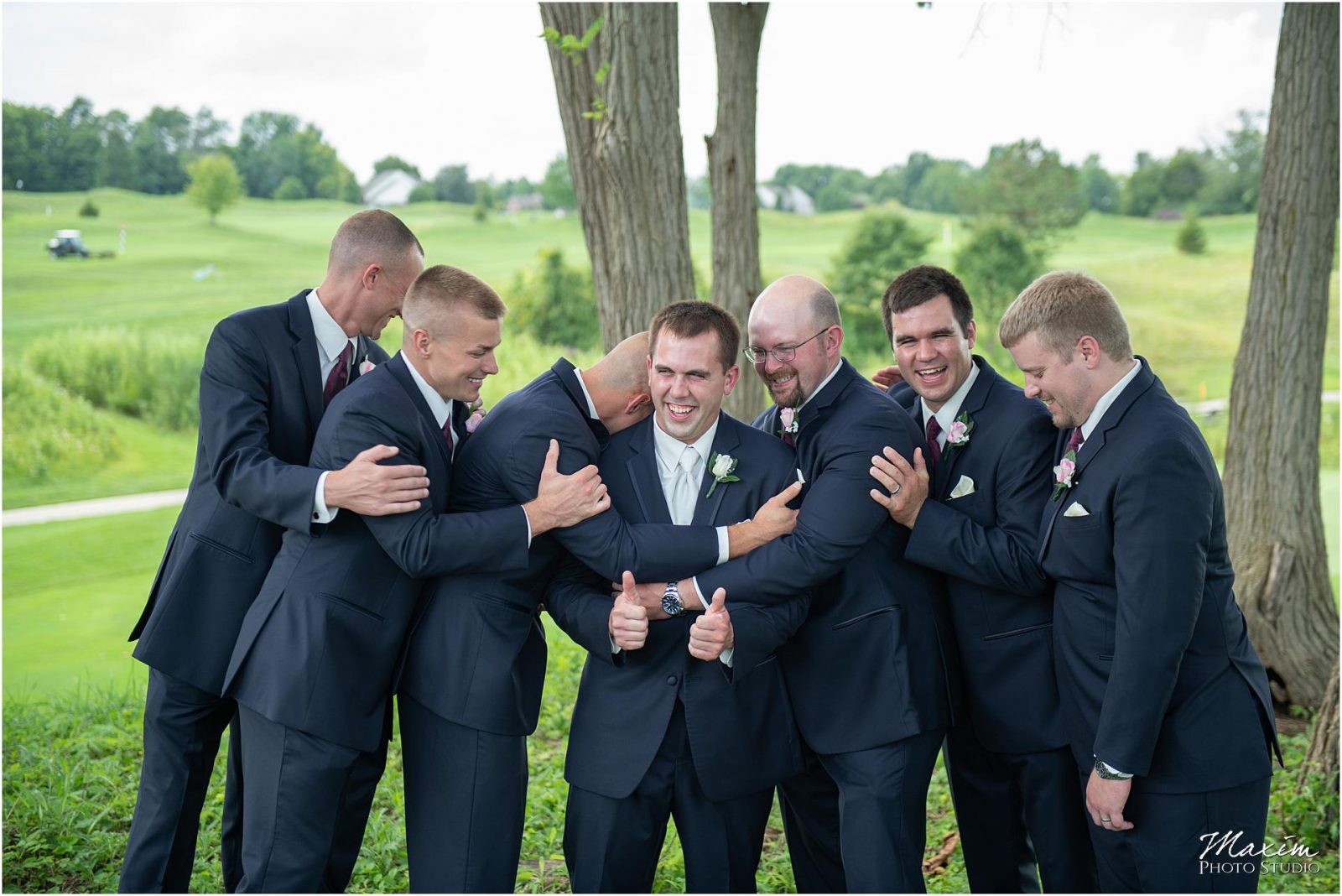 Oasis Conference Center, Cincinnati Wedding Photography, Groomsmen
