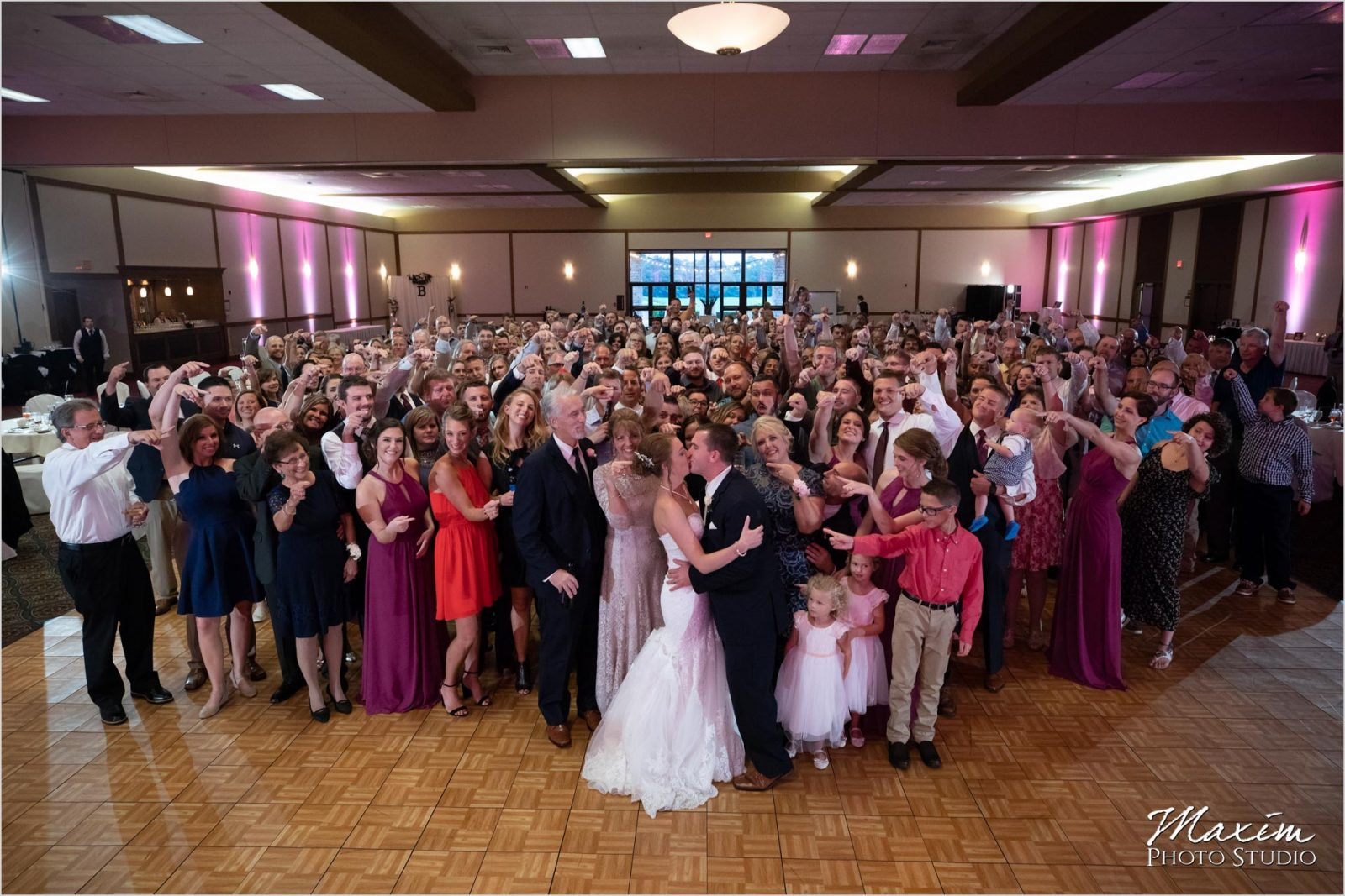 Oasis Conference Center, Cincinnati Wedding Photography, Wedding Reception Group Photo