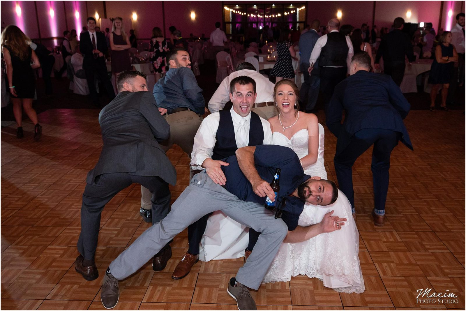 Oasis Conference Center, Cincinnati Wedding Photography, Wedding Reception Photo Bomb