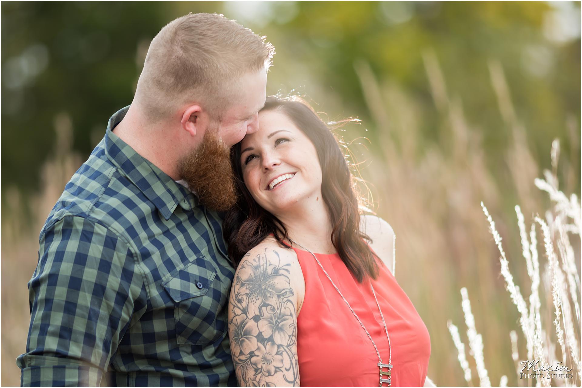 Cox Arboretum Dayton Ohio engagement smiling