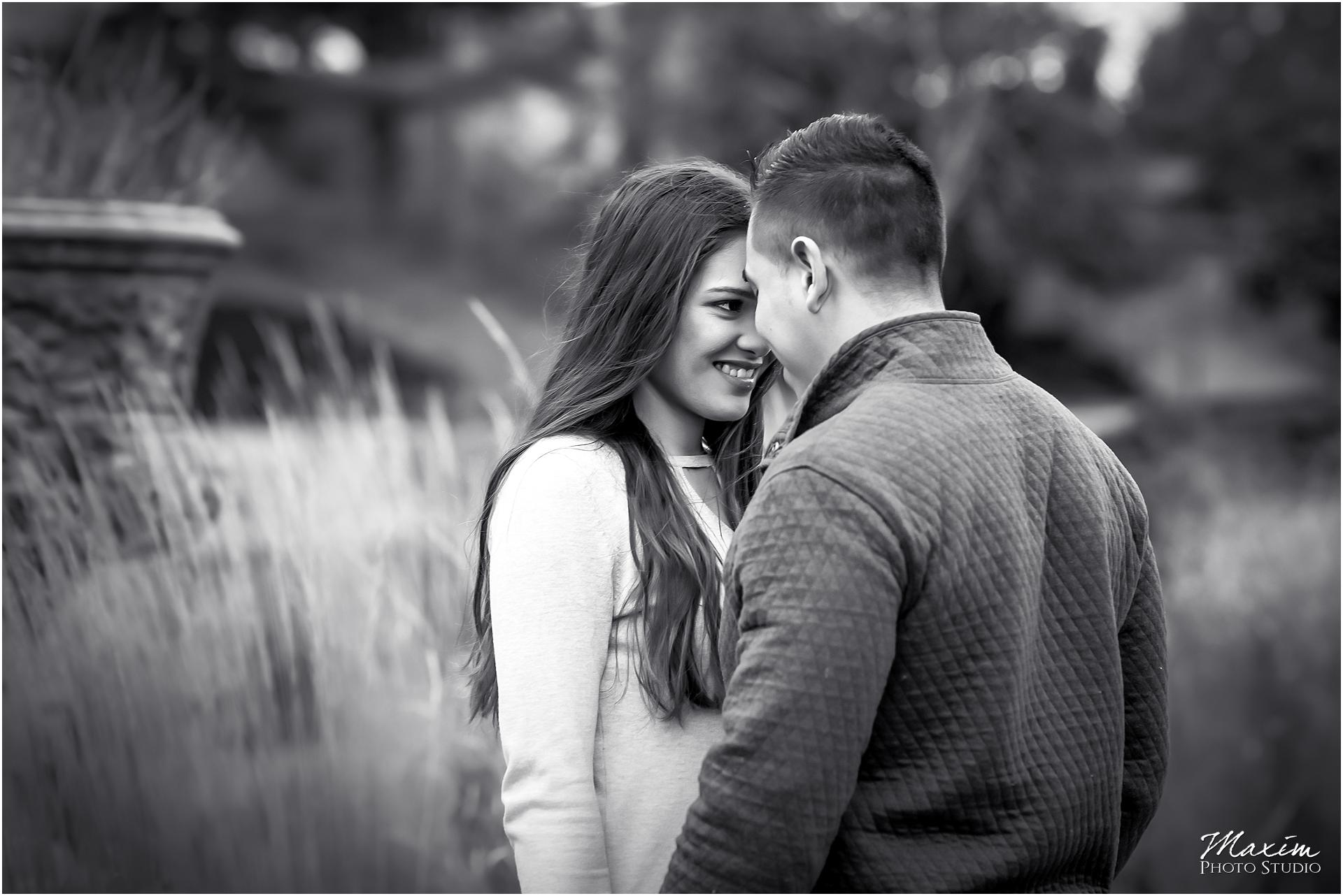 Bride Groom, Ault Park Cincinnati, Best Cincinnati Engagement
