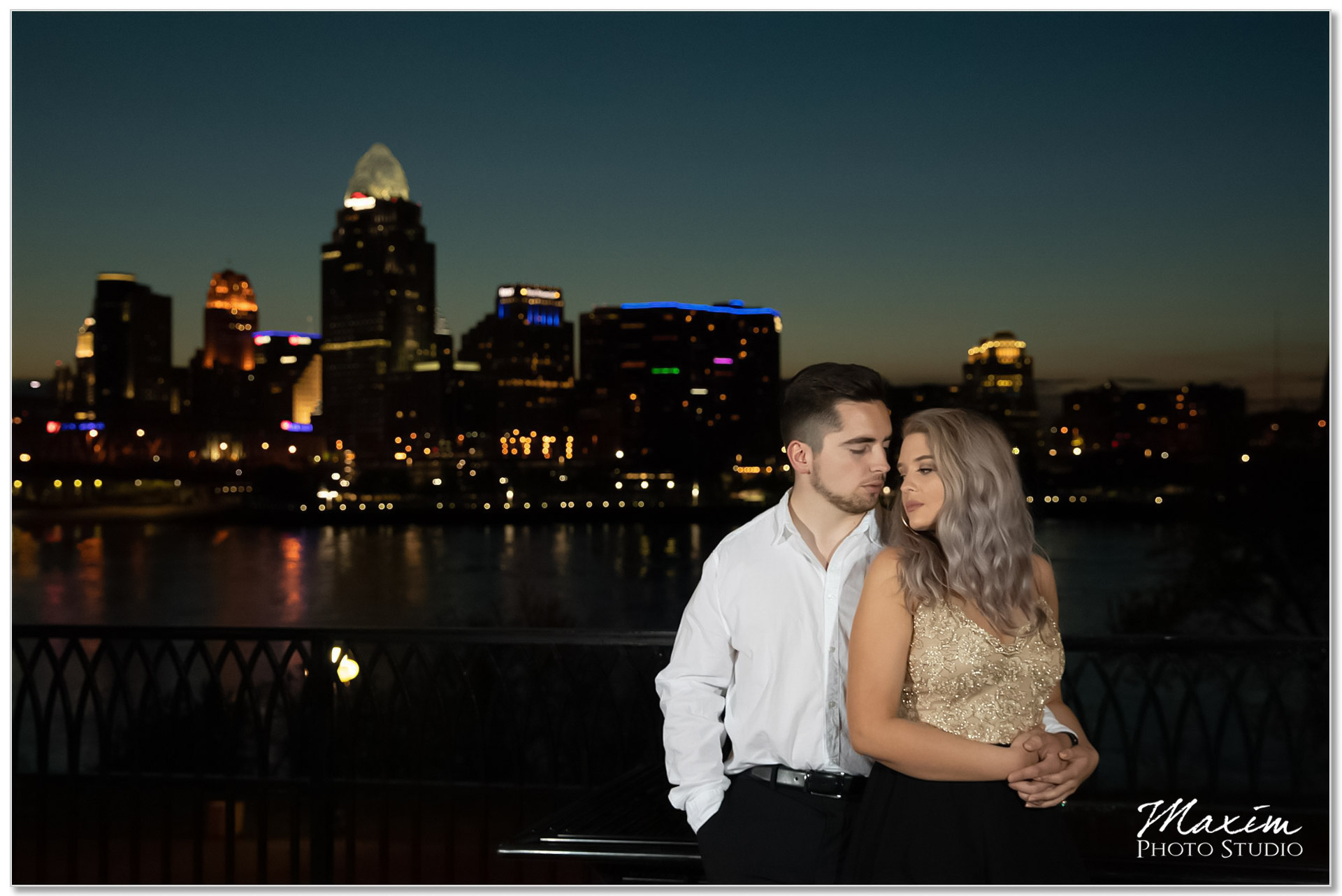 Night Cincinnati Downtown engagement