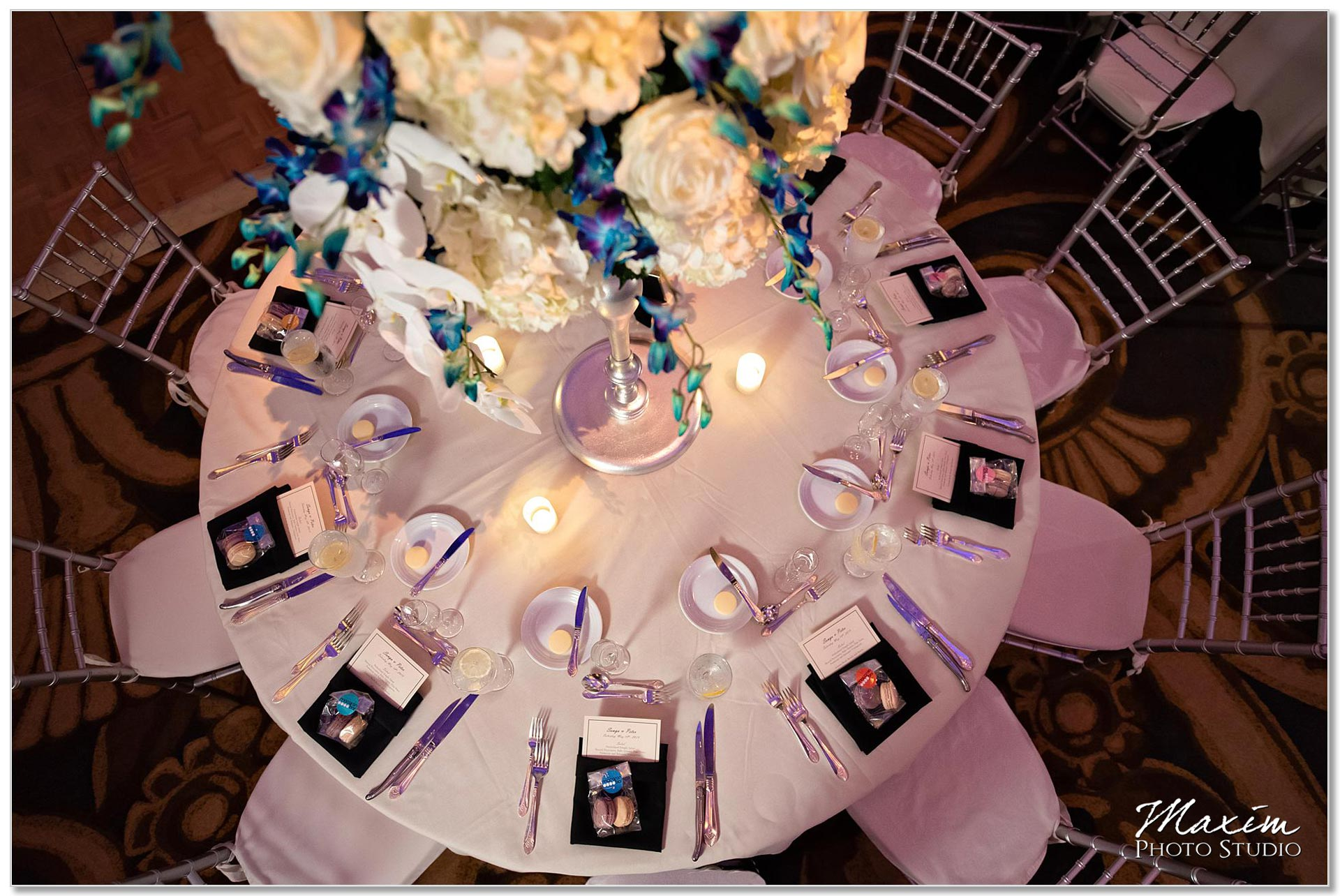 Wedding reception table decor Hilton Netherland Plaza