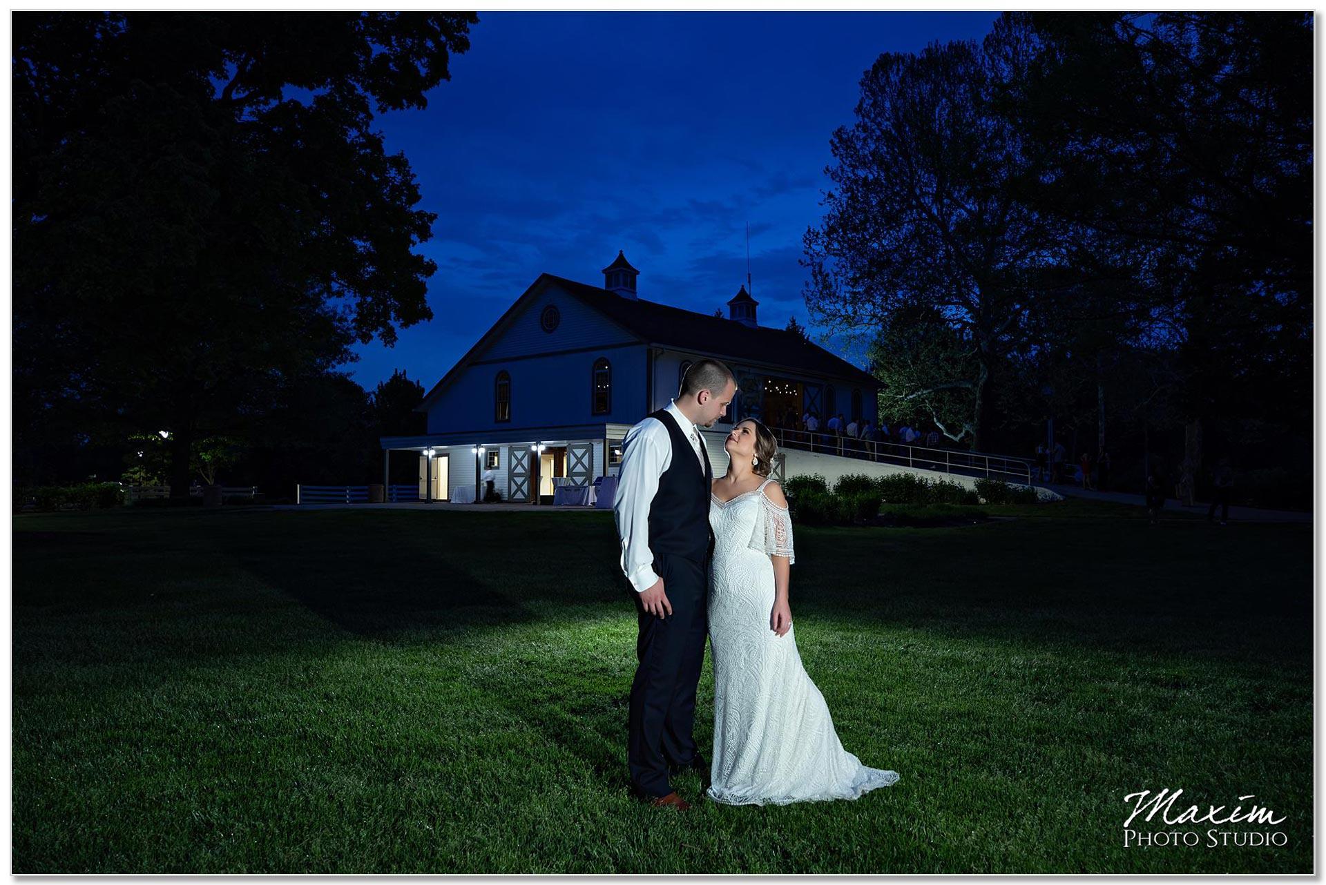 Night sunset image bride groom Polen Farm
