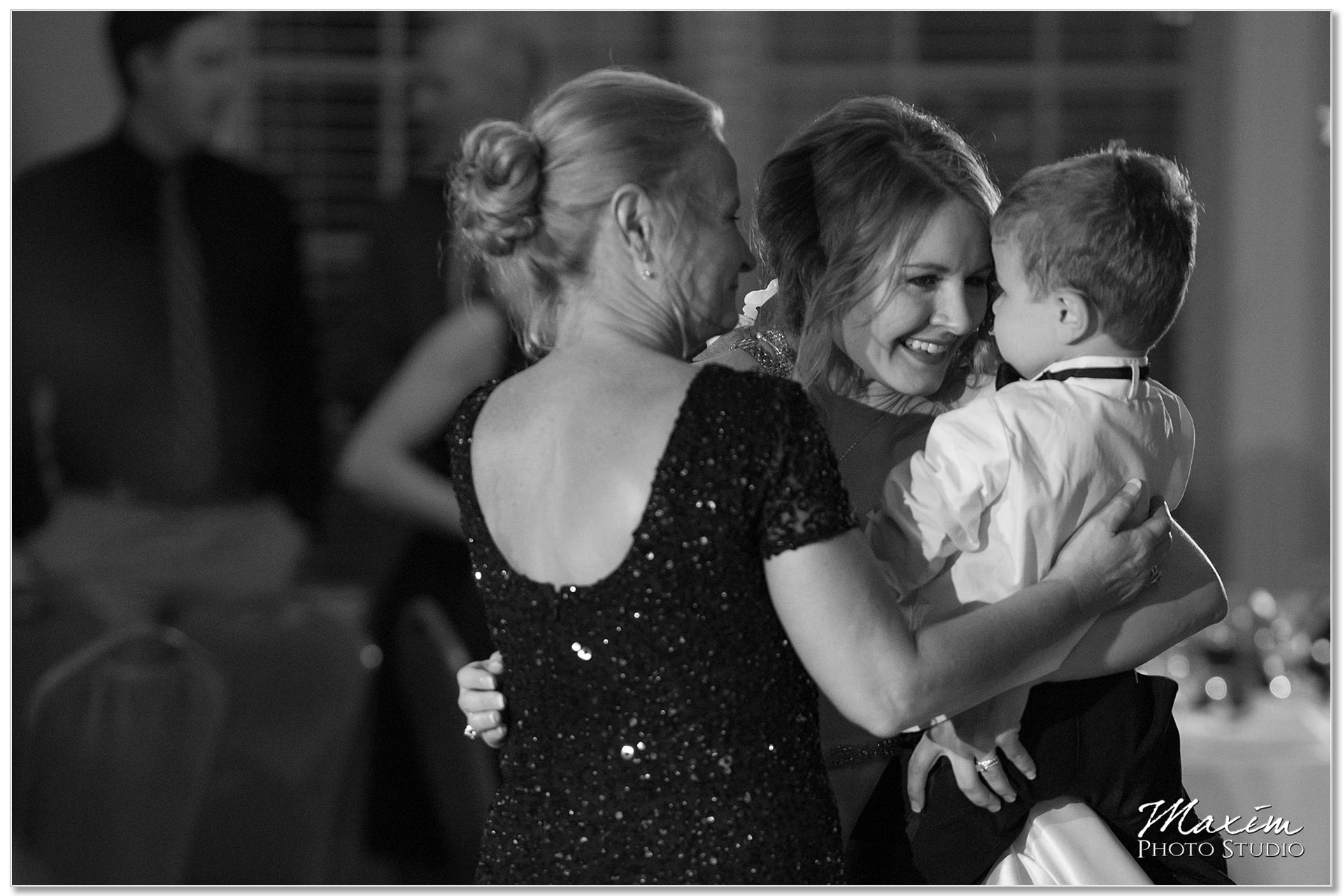 Manor house bride family wedding reception dance
