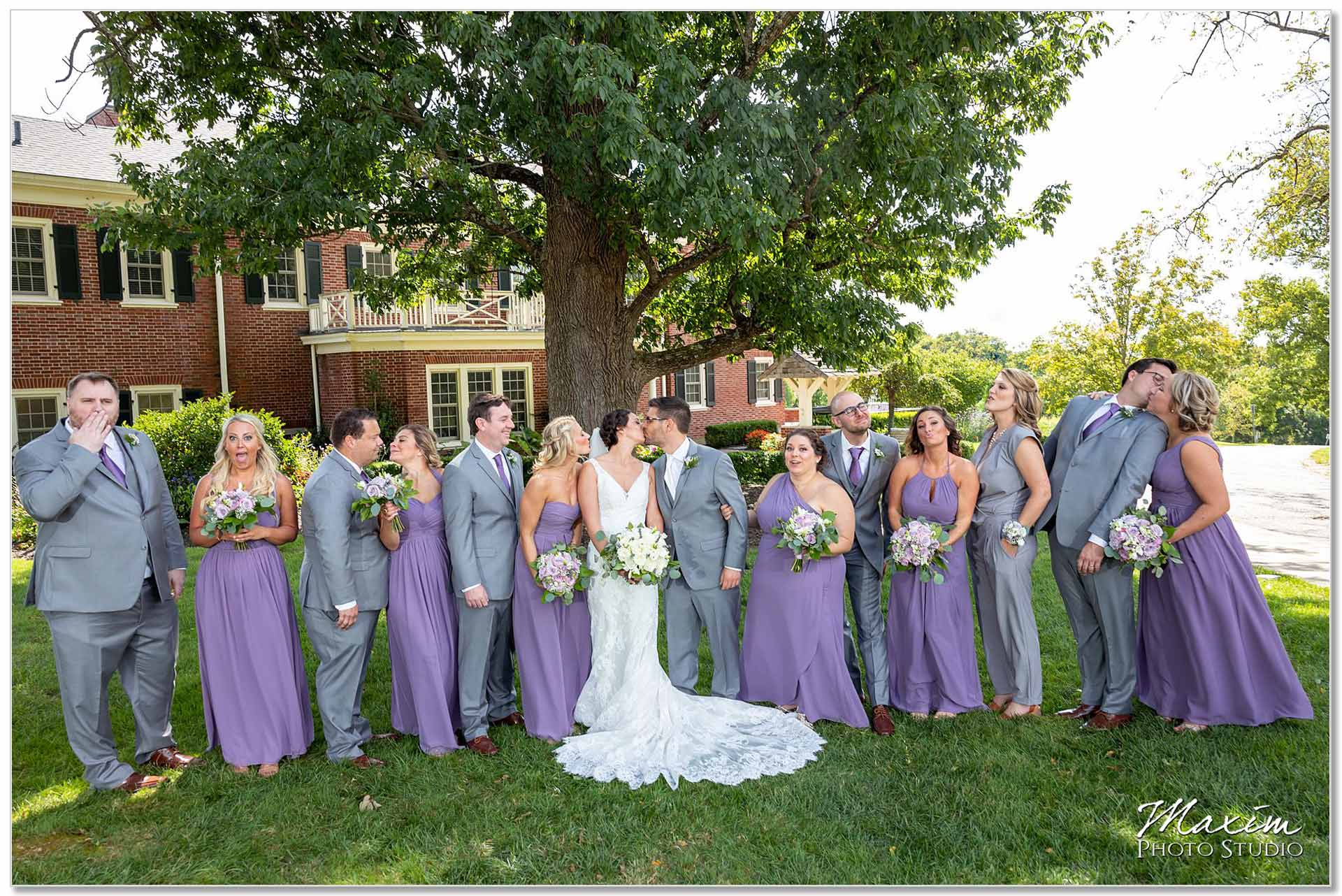 French park Cincinnati Wedding Bridal Party