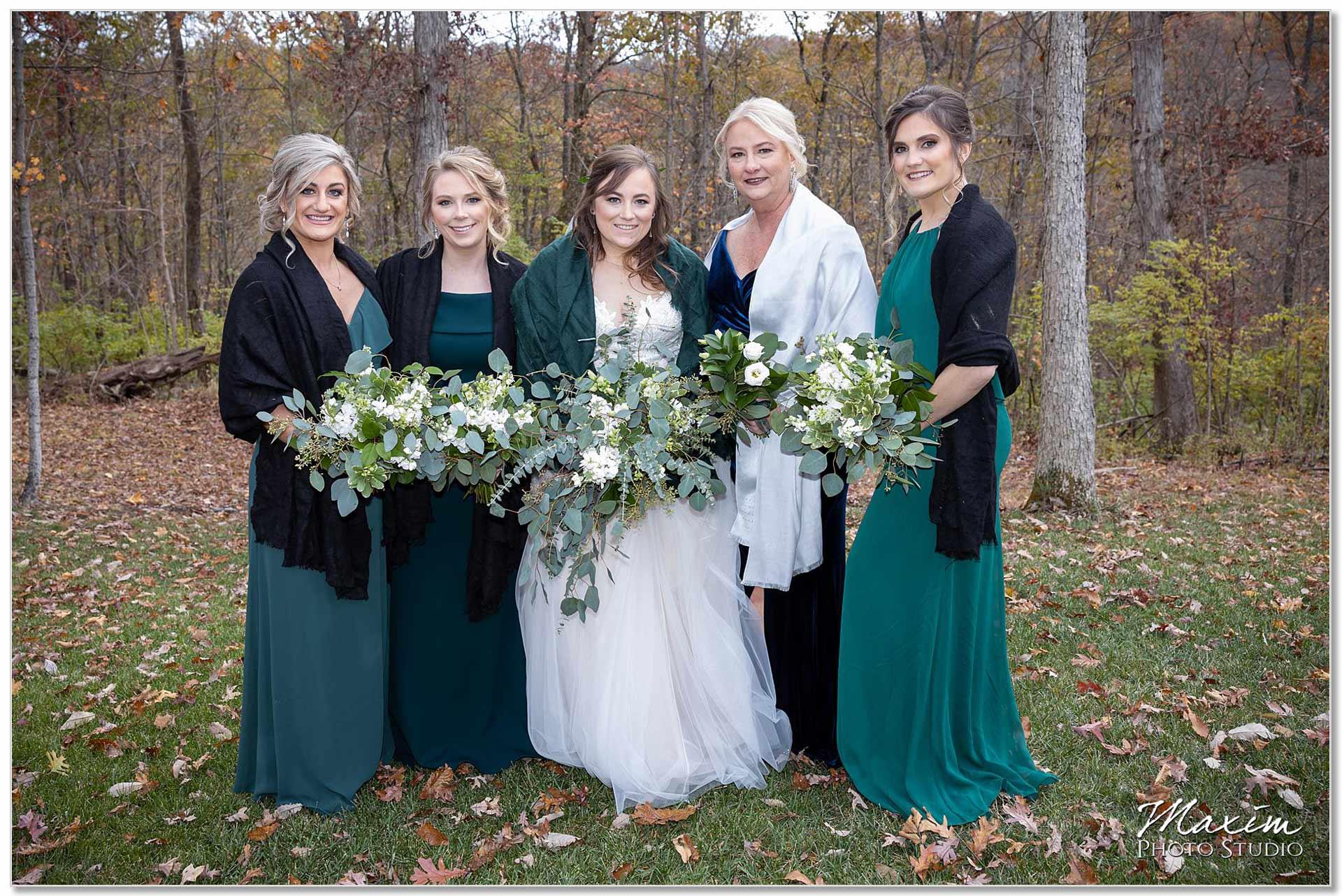 Fassler Florist Cincinnati bride portraits