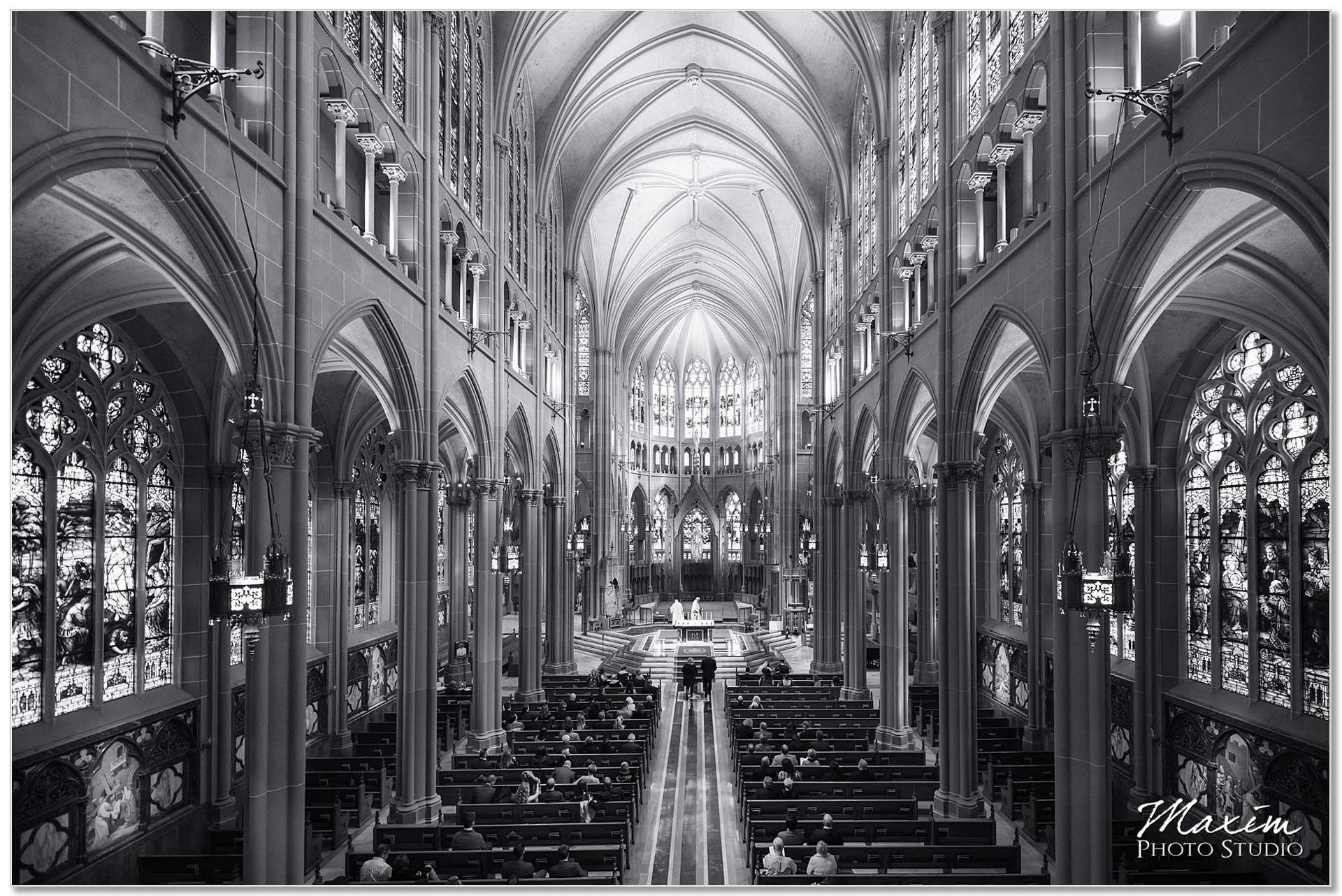 Covington KY Cathedral Basilica of the Assumption Wedding Ceremony