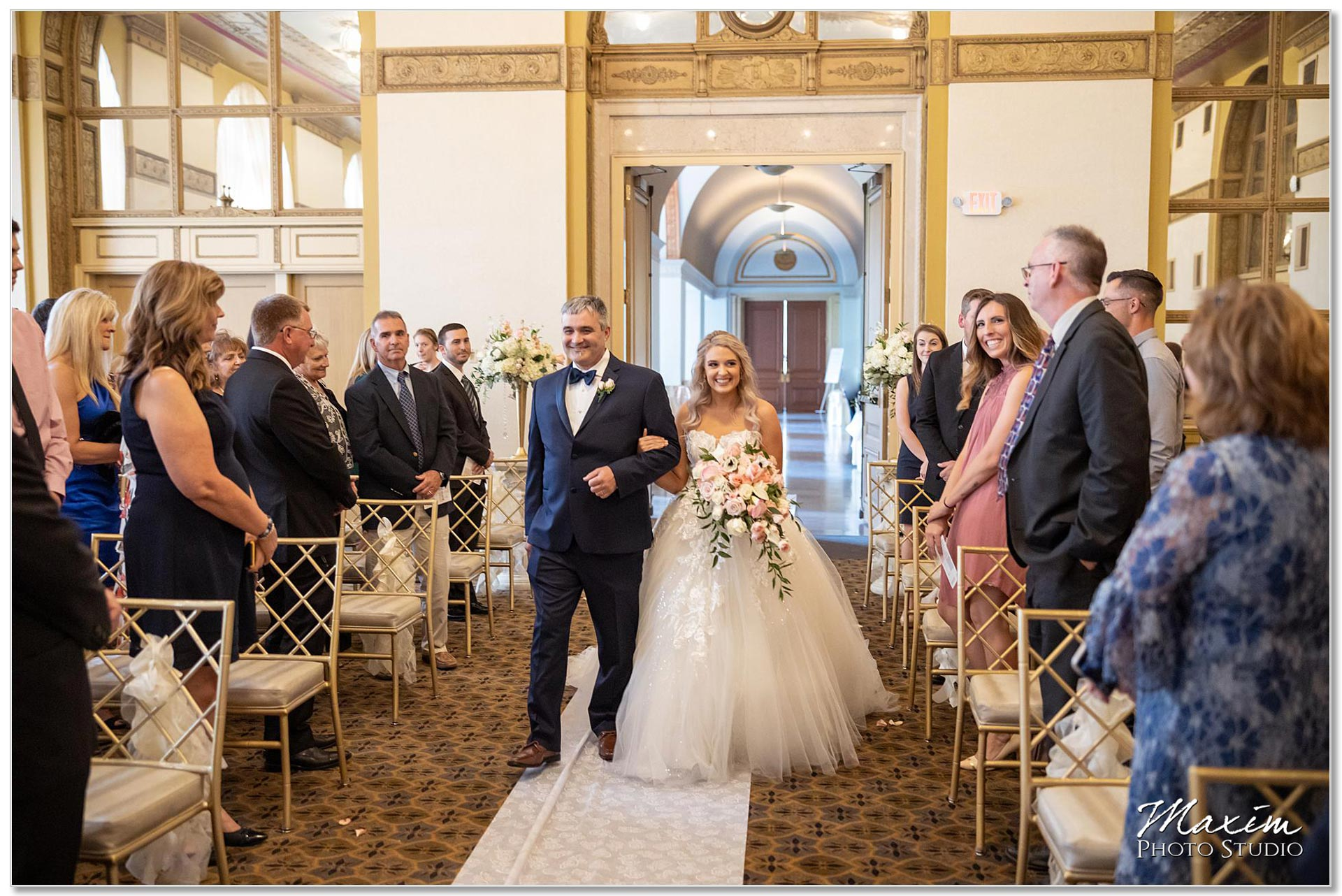 Cincinnati Club Gold Room wedding ceremony