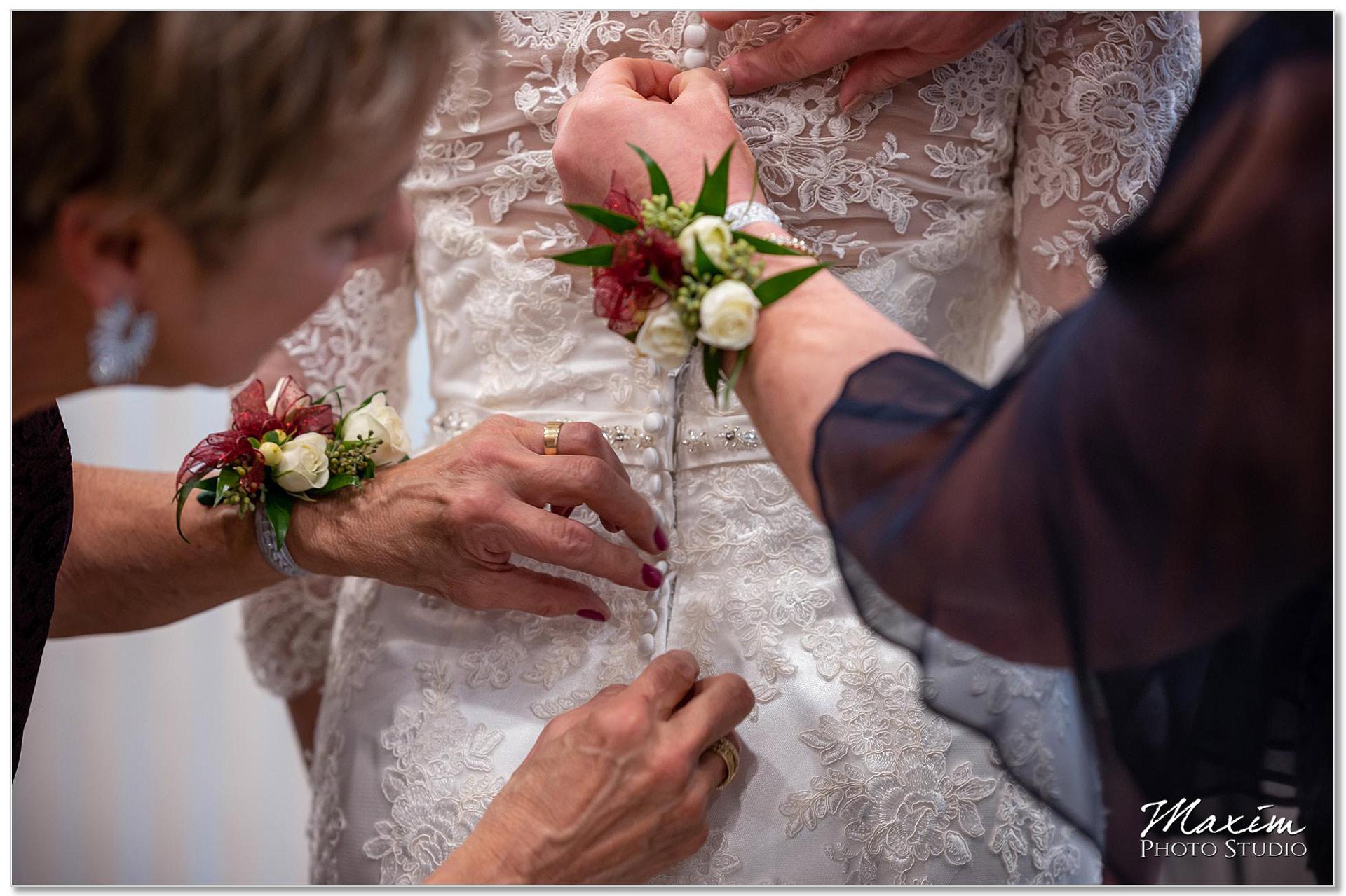 Transept Bridal dress preparations