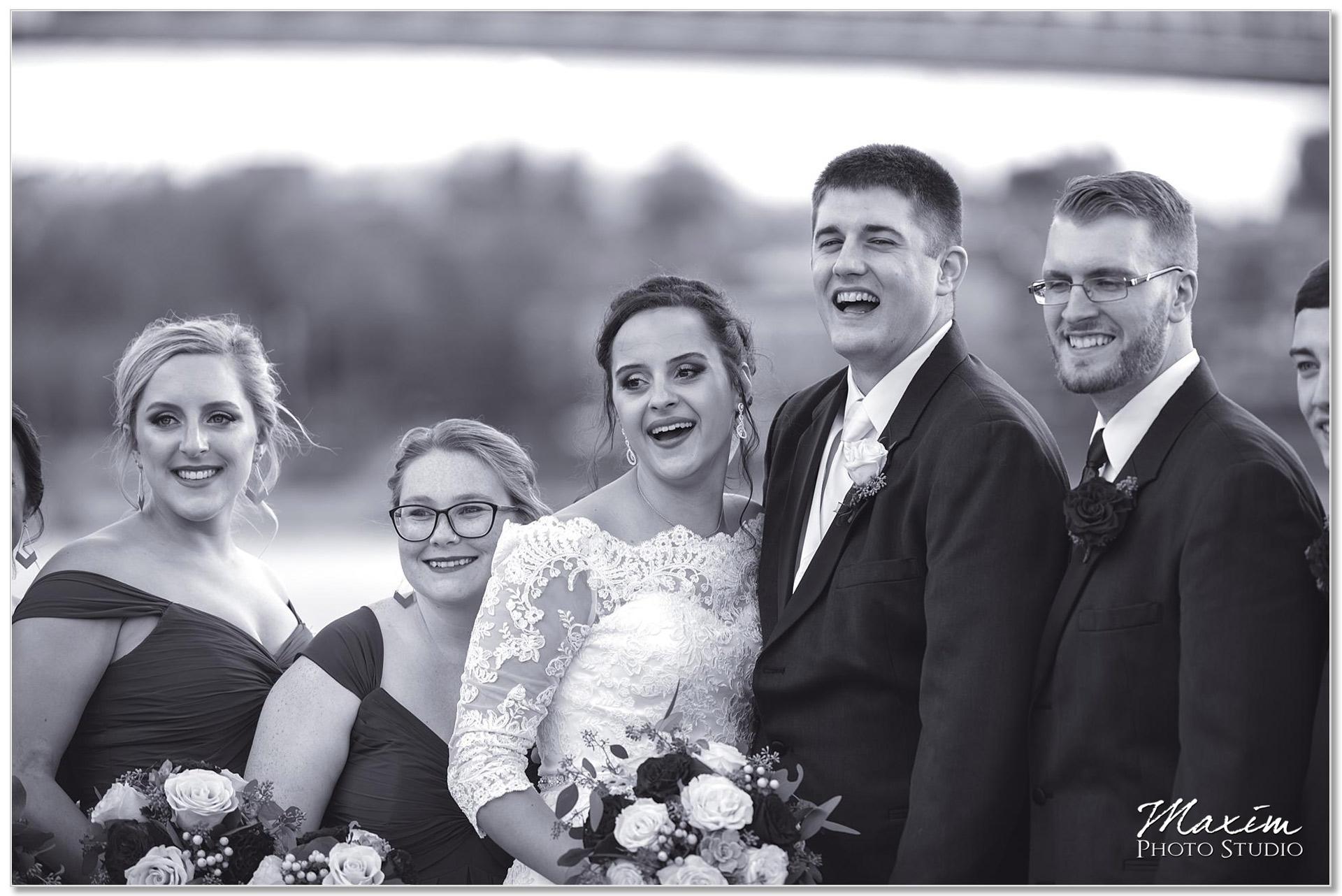 Smale Riverfront Park Wedding portraits
