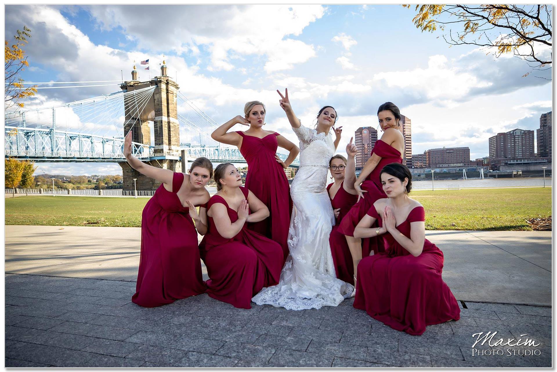 Smale Riverfront Park Wedding portraits bridesmaids