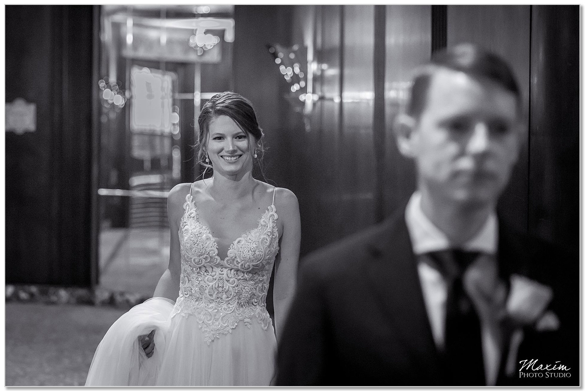 Hilton Netherland Plaza Hotel Bride Groom First look