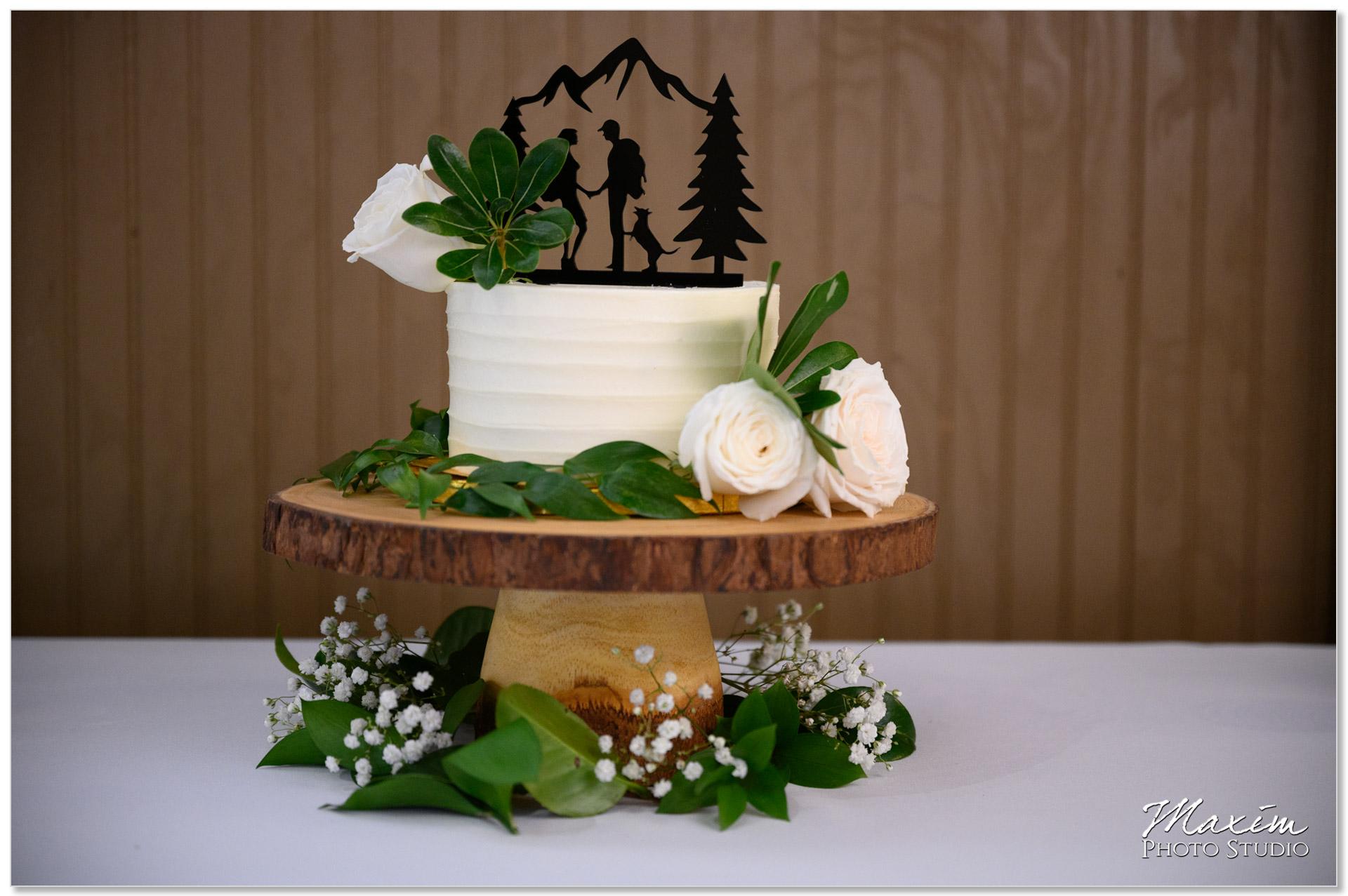 A Spoon Fulla Sugar Wedding cake