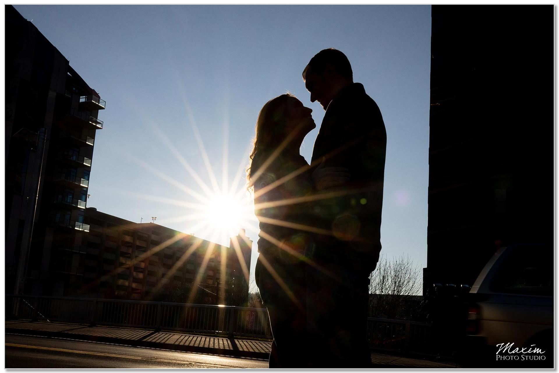 Sun burst Kentucky engagement