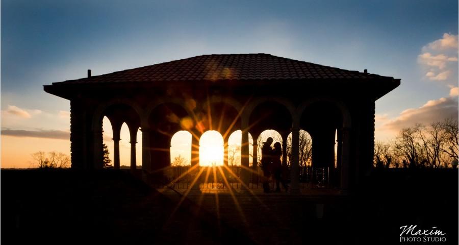 Alms Park Cincinnati Sunset Engagement