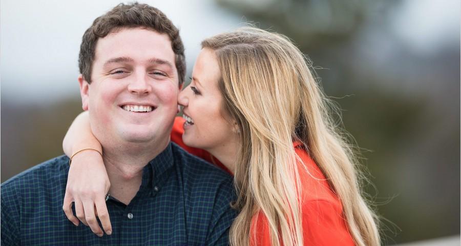 Cincinnati Wedding Photographers Ault Park Engagement fun