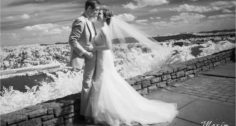 Cincinnati Wedding Photographers Eden Park Overlook bride groom